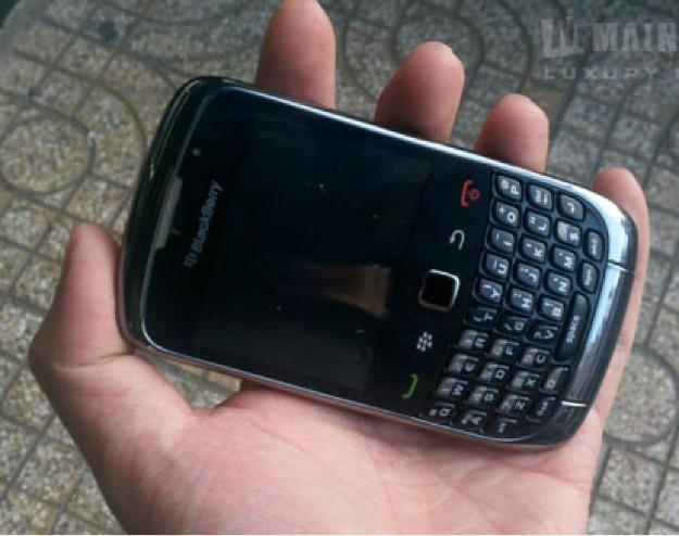 Blackberry-CURVE-3G-9300-Excellent-Condition-Factory-Unlock-With-BOX_16267